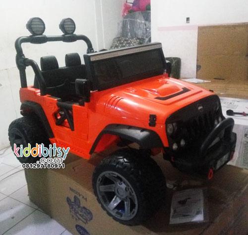 Jeep Rubicon Ban Full Karet EVA Mobil aki Mainan