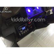 lexus-lx570-mobil-aki-white-dashboard-left