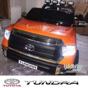 Toyota Tundra-orange-1