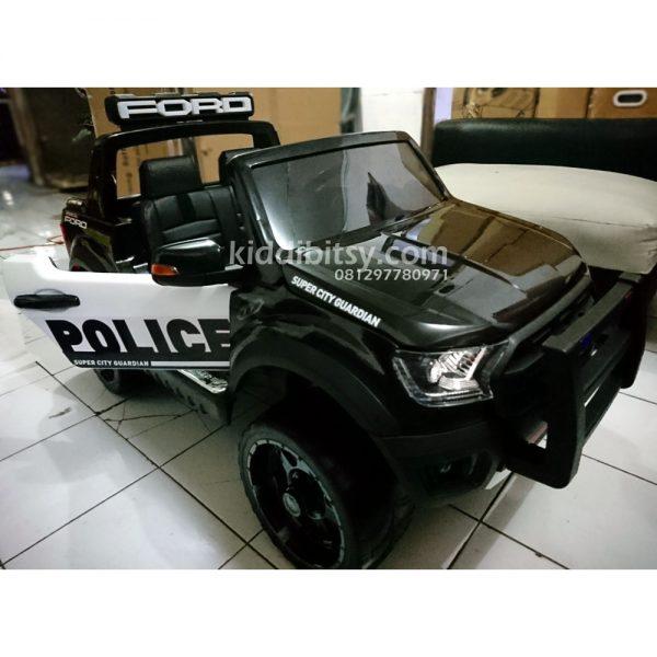 Ford-raptor-police-1