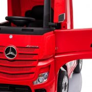 Mercedes-Benz-Actros-Licensed-Ride-On-Car (1)
