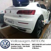 VW-Arteon-Lisensi-mainan-mobil-aki-putih-3