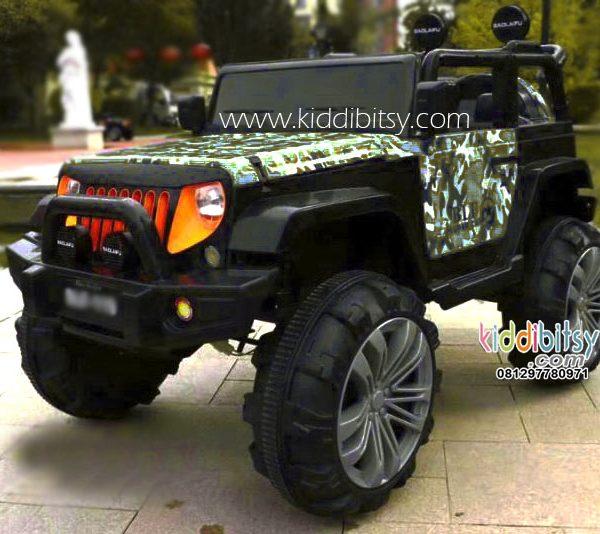 Jeep Wrangler Rubicon ARMY