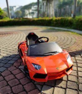 Spesifikasi mobil Lamborghini Aventador